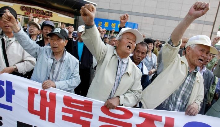 manifestations-anti-nord-en-coree-du-sud